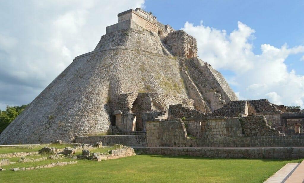 planejar viagem cancun piramide maia